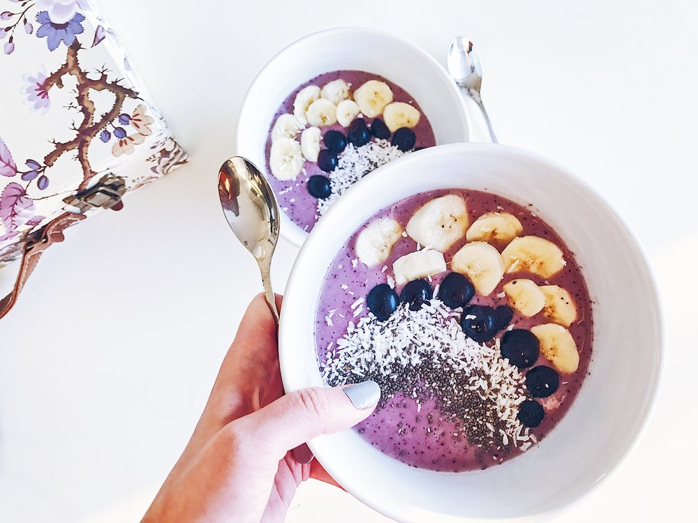 Felicity & Ink Smoothie Bowl Recipe.JPG
