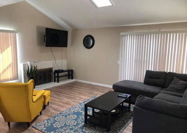 Physician supervised addiction treatment facility living room