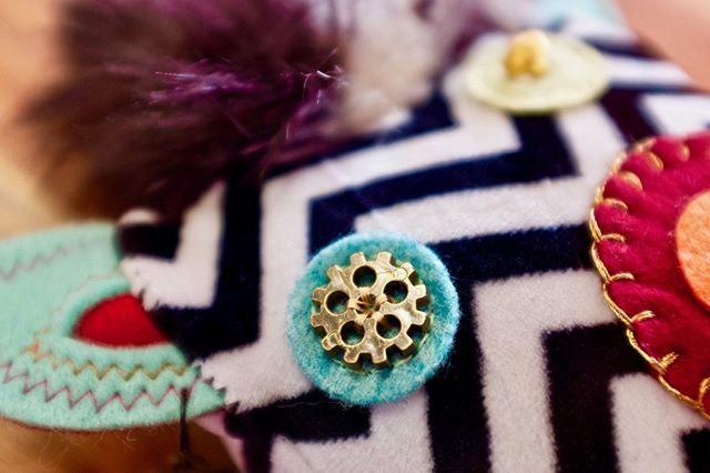 Brewster is so confident that he holds the camera really close when he takes his daily selfie. . . . . . . #buttons #gears #blanketstitch  #projectsqueeble #stitchrebellion #threadincommon #creativespirit #fiberartistsofinstagram #upcycledart #upcycledesign #fibershed #sewcool #needleandthread #passioncolorjoy #patternator #fiberart #upcycled #stitchersofinstagram #sewcialists #fiberarts #handmade #handmadewithlove #makersgonnamake #makers #finearts #monsters #chevron #textiles #squishy #sewing