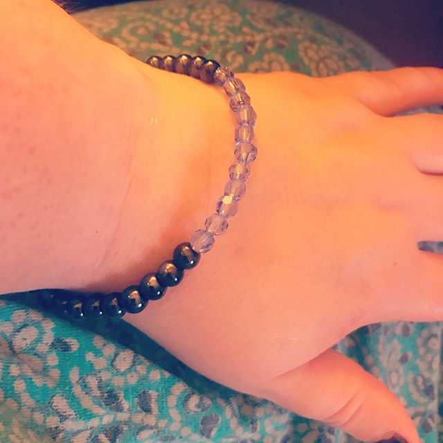 These photos don't really do this long overdue post justice! My beautiful birthday bracelet win from @handcraftedjewelrybyteric ! Thank you so much! 😍 #jewelry #bracelet . . . . #septemberbirthday #sapphirebirthstone #competitionwinner