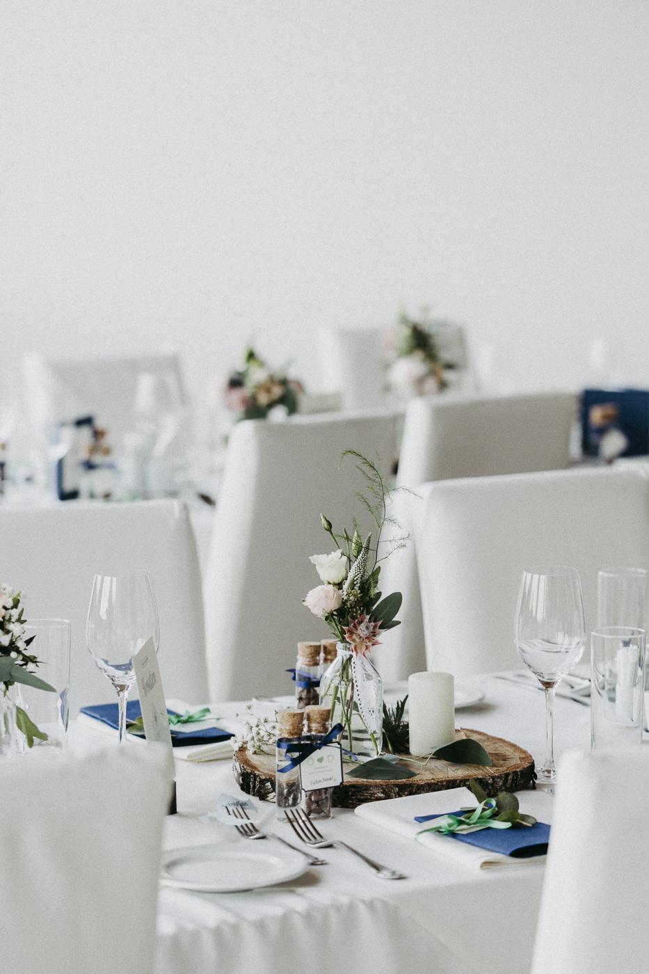 rosemarrylemon_ND_Hochzeit_Tischdeko3.jpg