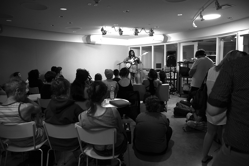 Photo by Carolyn Brown '16 Mal Devisa played an electrifying set to a captivated audience at Jittery's last week.