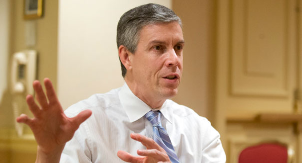 Photo courtesy of Manuel Balce Ceneta/AP via wbur.org | Arne Duncan spoke at Smith on Sept. 21 about his term as U.S. Secretary of Education and the current debate on charter schools in Mass.