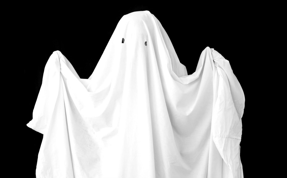 "PHOTO COURTESY OF PLAYBUZZ.COM  Cas Sweeney '19 describes their experience with ""ghosting"" others."