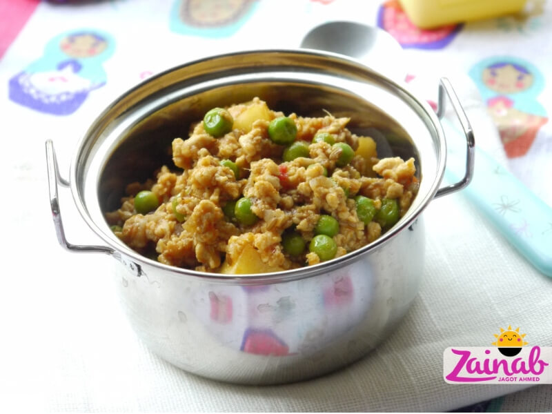 Classic Keema Curry - baby led weaning curry. Beef, chicken or lamb mince. Weaning recipe idea, baby food recipe idea, flavour led weaning