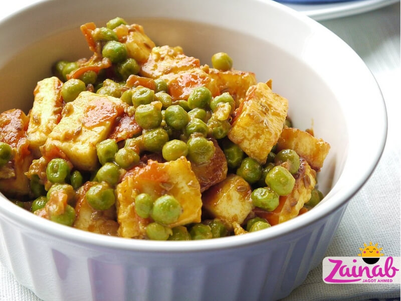Baby led weaning curry - Matter Paneer recipe. Family meal, toddler recipe idea. Vegetarian baby food recipe.