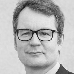 Thomas Mueller, MD. Ist der Chefarzt der Privatklinik Meiringen. Er ist der Supervisierende Professor einer dissertation die über RestArt geschrieben wird und stellt somit sicher, dass RestArt den höchsten Qualitätsstandards entspricht.