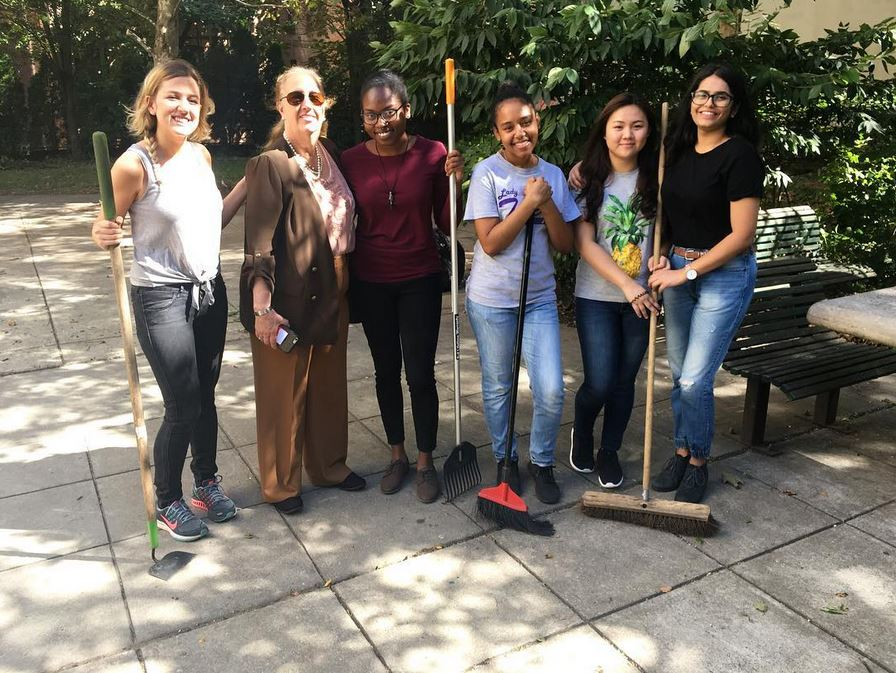 Manhattan Borough President, Gale Brewer, visiting the site clean up event Fall semester