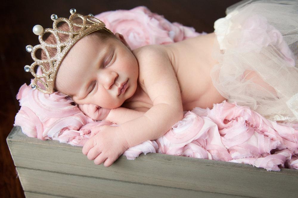 Newborn-5.jpg