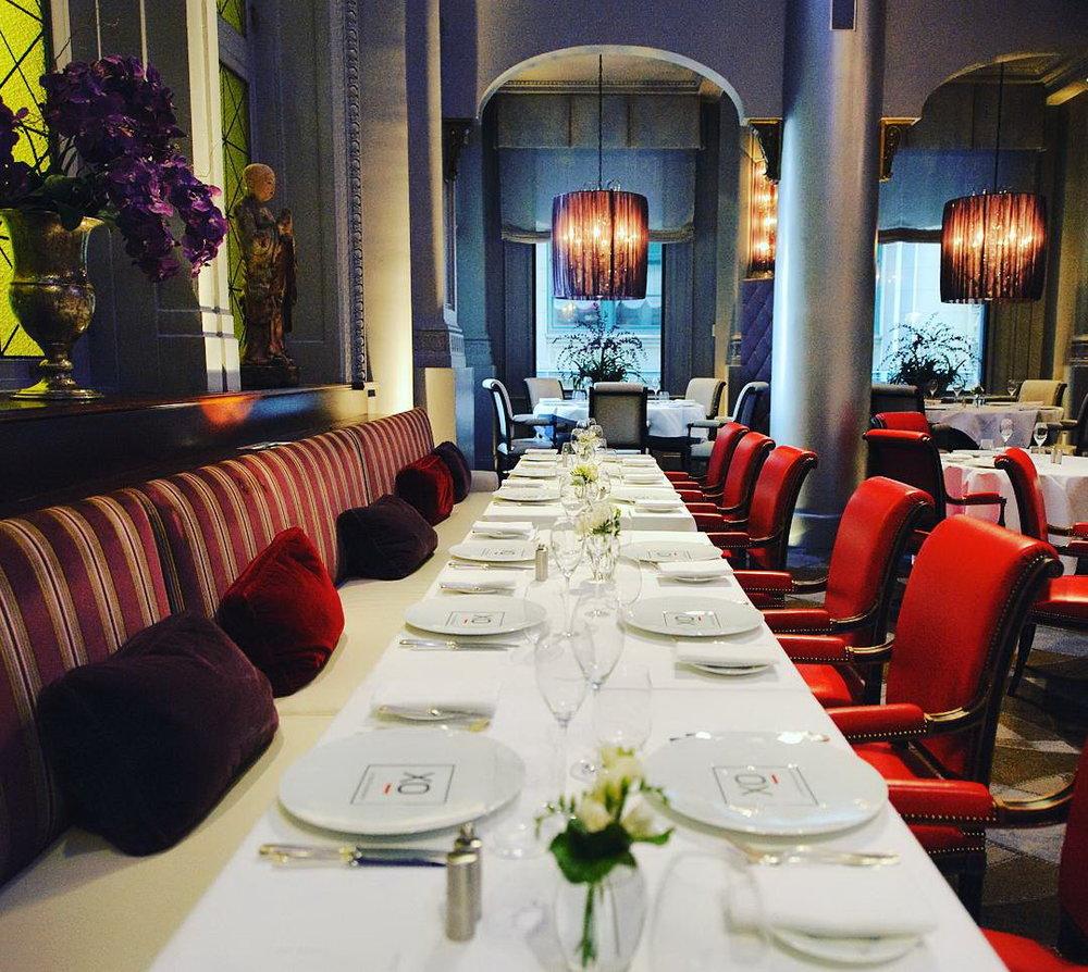 Banquette 2.jpg