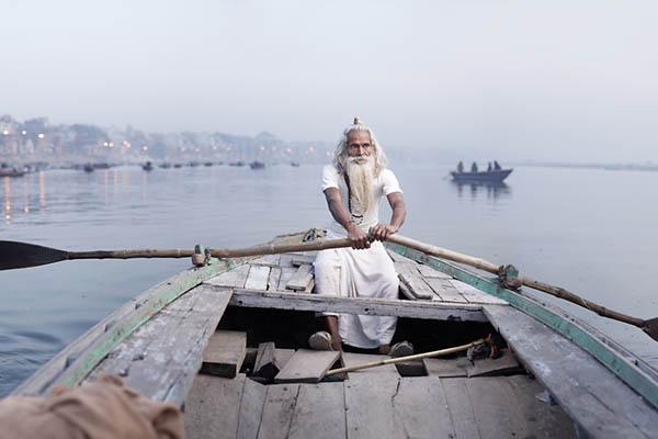 Joey_L_Photographer_Vijay_Nund_Ganges_River_001.jpg