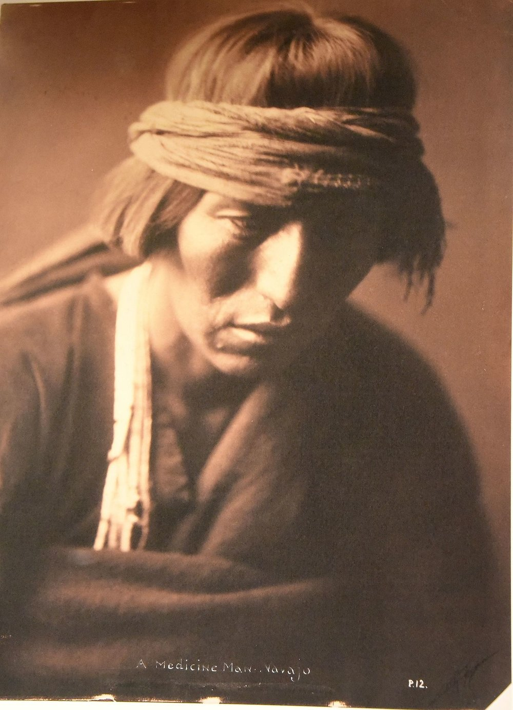 A_Navajo_medicine_man._Edward_S._Curtis._USA,_1900._The_Wellcome_Collection,_London.jpg