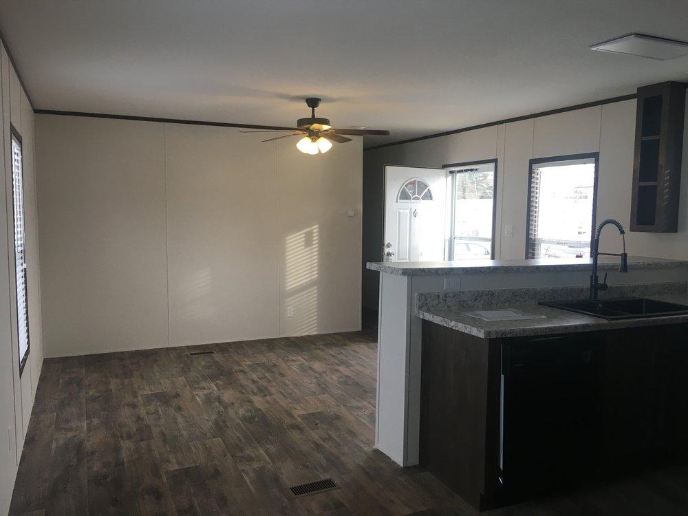 1515 Living Area.jpg