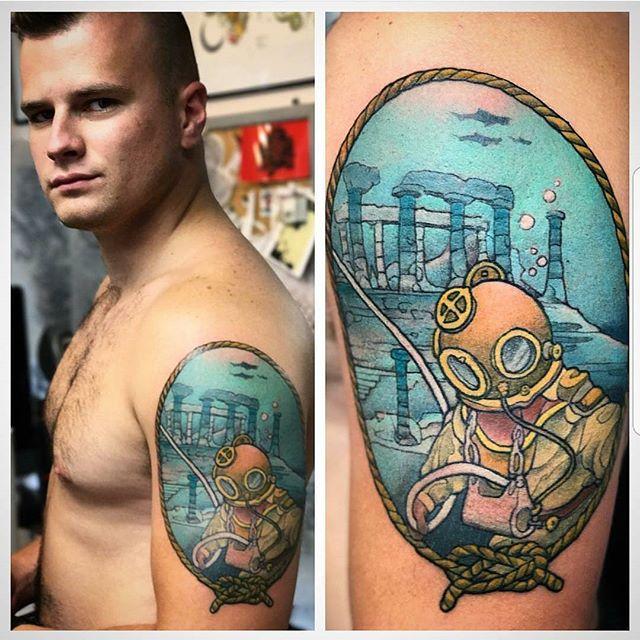 By Woods @woodstattoo #westseattletattoo #tattoo #cutetattoos #linework #tattooidea #bodyart #inked #artist #ink #artoftheday #colortattoo #tattoosnob #tattooartistmagazine #inkedmag #flash #tattooflash #tattooart #boldwillhold #skinart #bluegeishatattoo