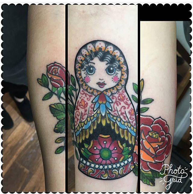 By Beeker @divine_thass #westseattletattoo #tattoo #cutetattoos #linework #tattooidea #bodyart #inked #artist #ink #artoftheday #colortattoo #tattoosnob #tattooartistmagazine #inkedmag #flash #tattooflash #tattooart #boldwillhold #skinart #bluegeishatattoo