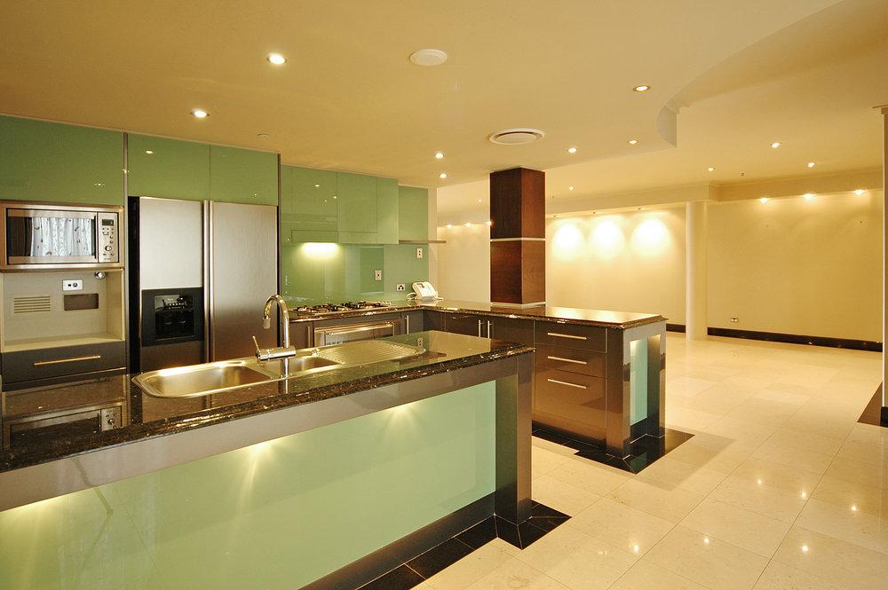 Hudson - Kitchen.JPG