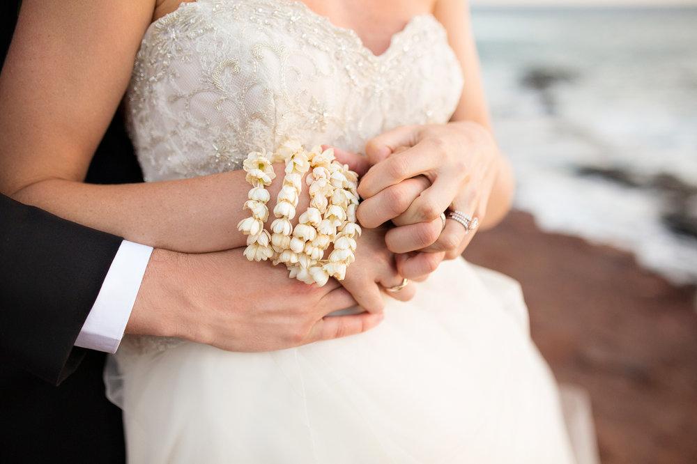 lanai-hawaii-destination-wedding-38.jpg
