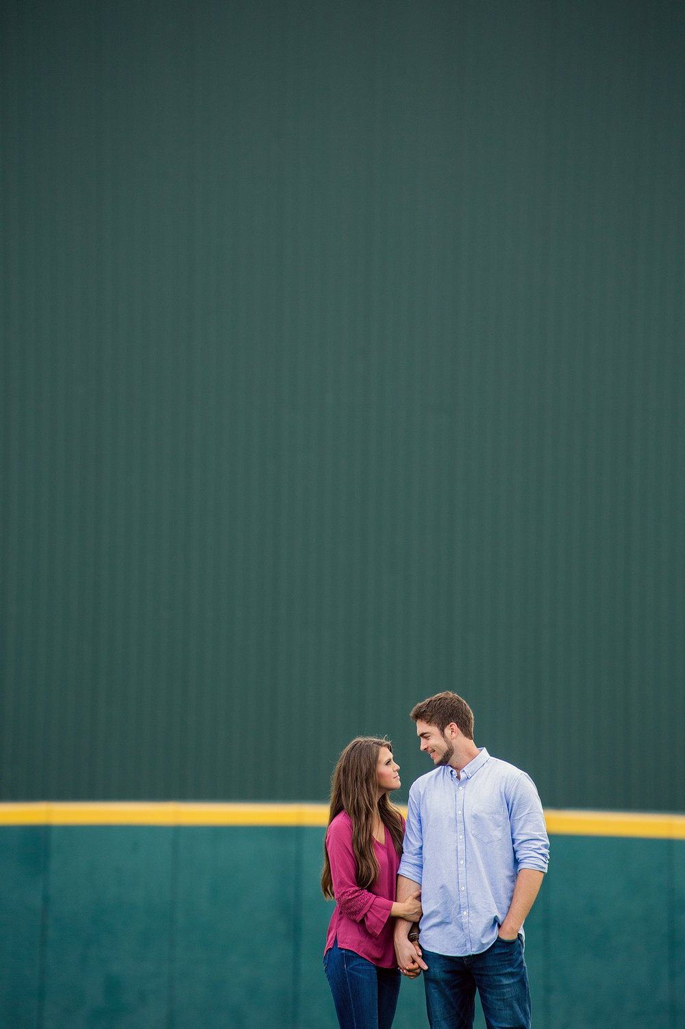blue-bell-park-engagement-5.jpg