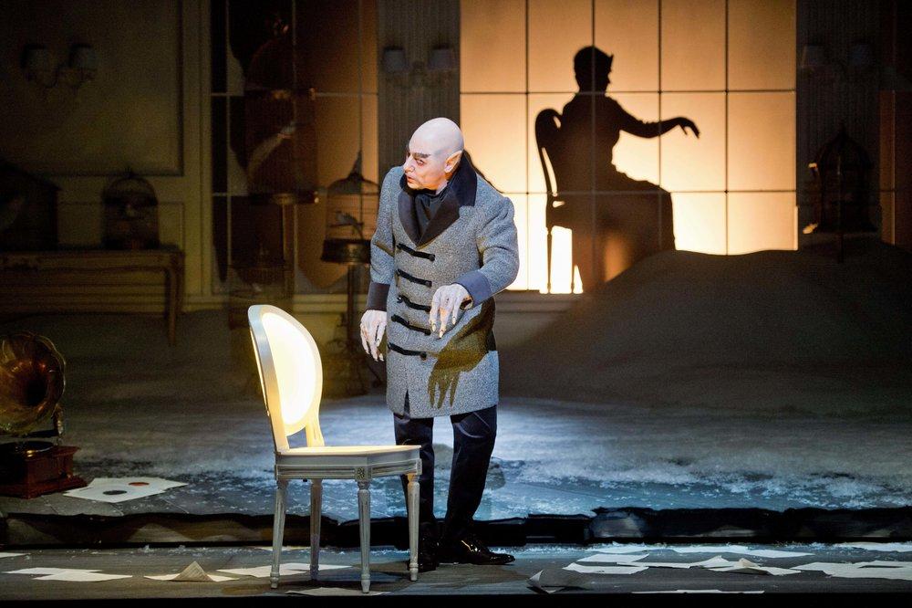 Les Contes d'Hoffmann,Oper Bonn/Volksoper Wien (click for more)