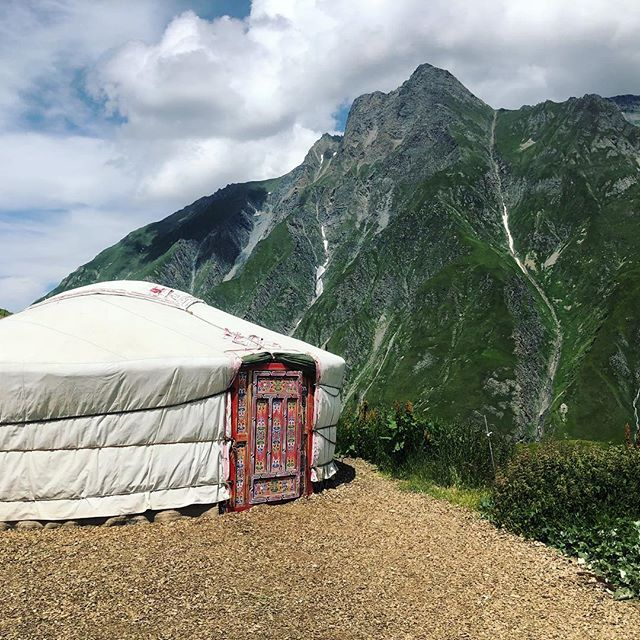 Black Fridays and Discounts go together like Yurts and Epic Views of the Alps! 🤷♀️ Message us to receive your Black Friday discount code for $100 off our Chamonix Runcation July 2019! 🖤 ⛰ More info up at Runcation.org #blackfriday #discount #runcation #runcationtravel #trailrunning #runningretreat #guidedtrailrunningtrips #rifugiolife #yurt #cabinlife #montblanc #chamonix