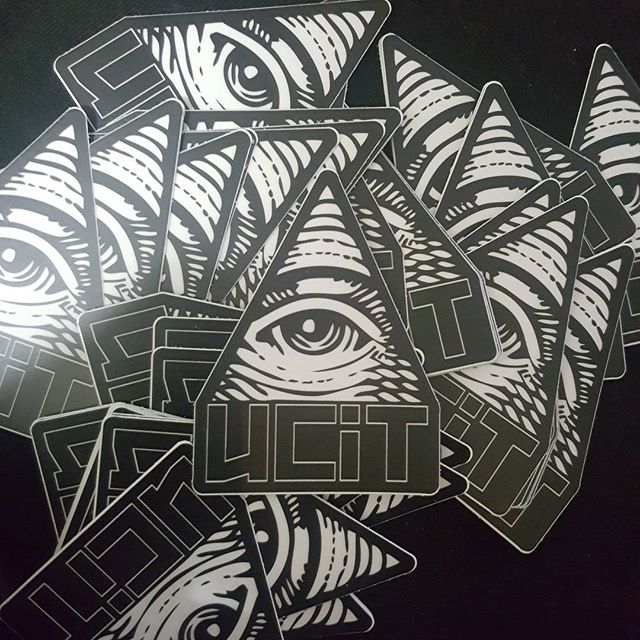 #Slappers came thru courtesy of @stickermule. Hella more merch on the way. New designs for the shirts, pothead paraphernalia, and something everyone in Cali needs. No, i cant tell you that part yet. Just know, #WeWorking  #UCiT #Merch #Merchandise #Sales #Independent #Indie #IndieArtist #Hustle #Product #MyMixtapez #AudioMack #DatPiff #Itunes #Google #Tidal #Music #SongWriter #SongWriting #Beats #Producer #Bet #Mtv #vh1 #Shade45 #Power #WorldStar #Lyrics