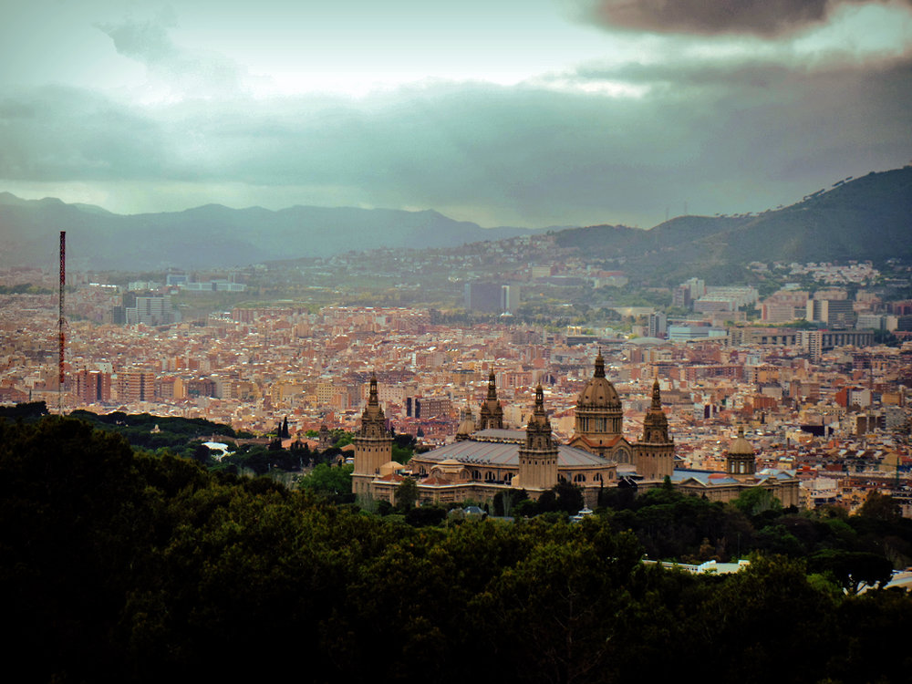 This was the spectacular view of the city of Barcelona, Spain from Montjuic (2015). © Photo by SteHan Botha