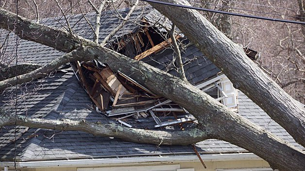 Lakeville ma area wind storm roof damage insurance claim.