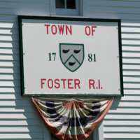 Foster, RI is l0cated in western rhode island on the connecticut state border.