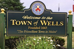Wells, maine welcome sign.