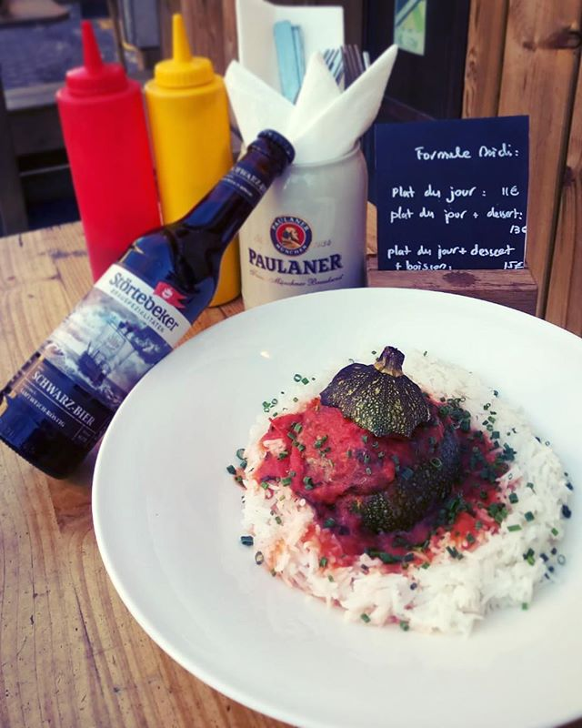 Courgette farcie... tout simplement délicieux !!! #formuleplatdujour #courgette #störterbecker #Schwarz-Bier #kiezkanal