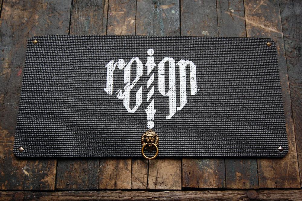 Reign Black Supreme Barber Mat
