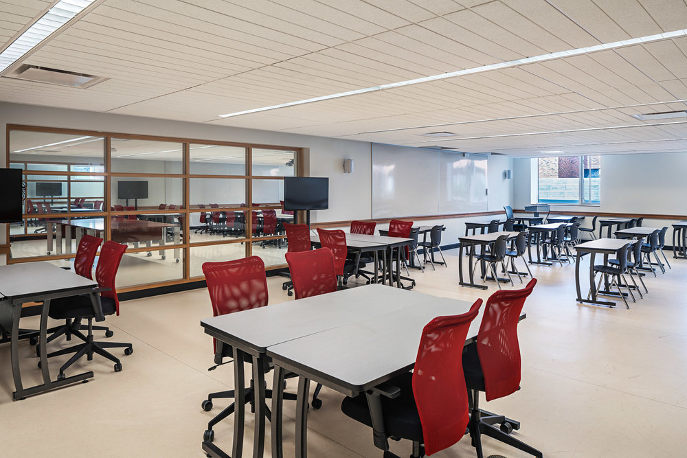 Classroom 02 2048.jpg