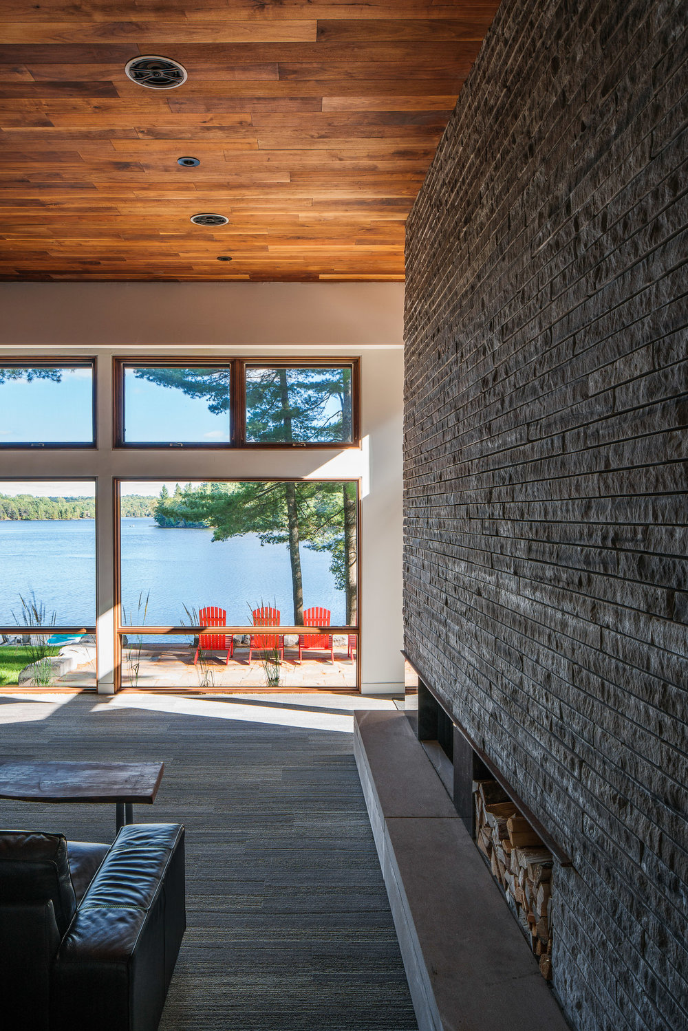 Living Room 02 2048.jpg