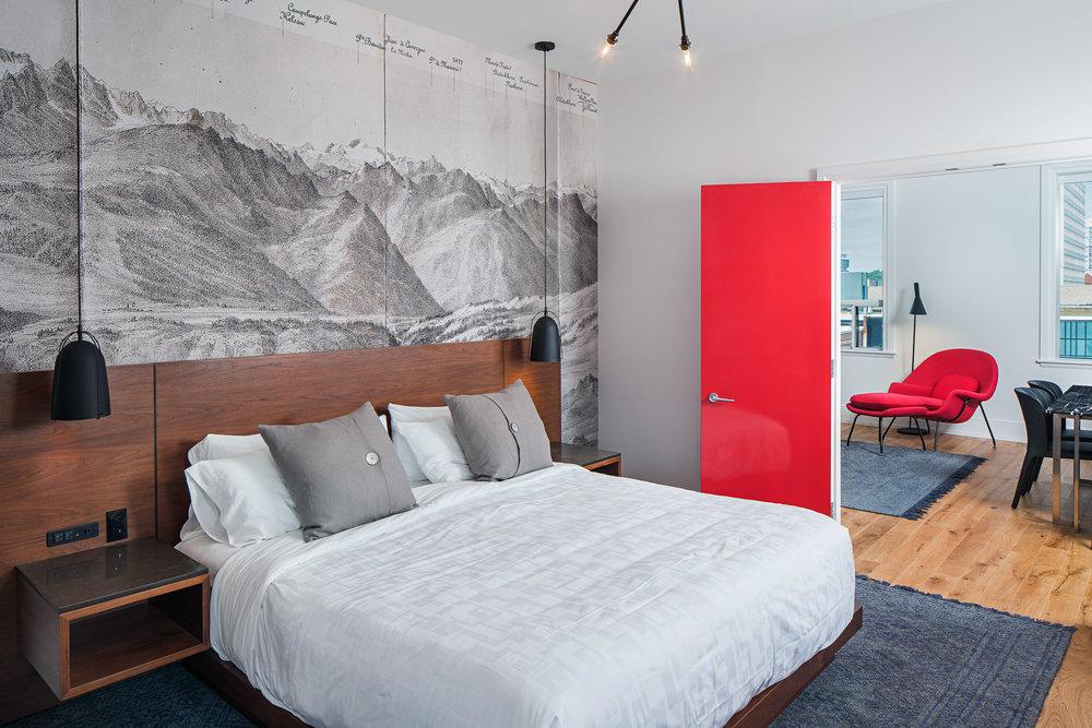 Room 02 2048.jpg