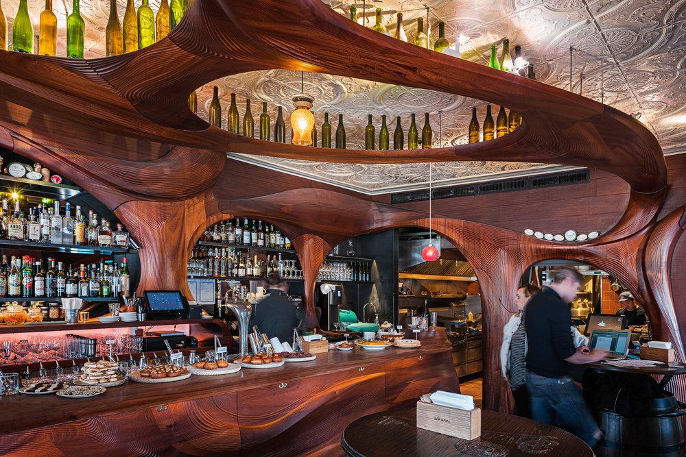 Bar Raval 01 2048.jpg