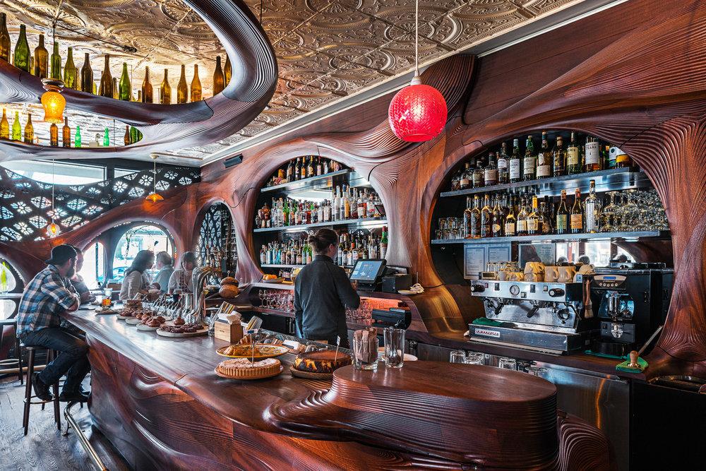 Bar Raval 03 2048.jpg