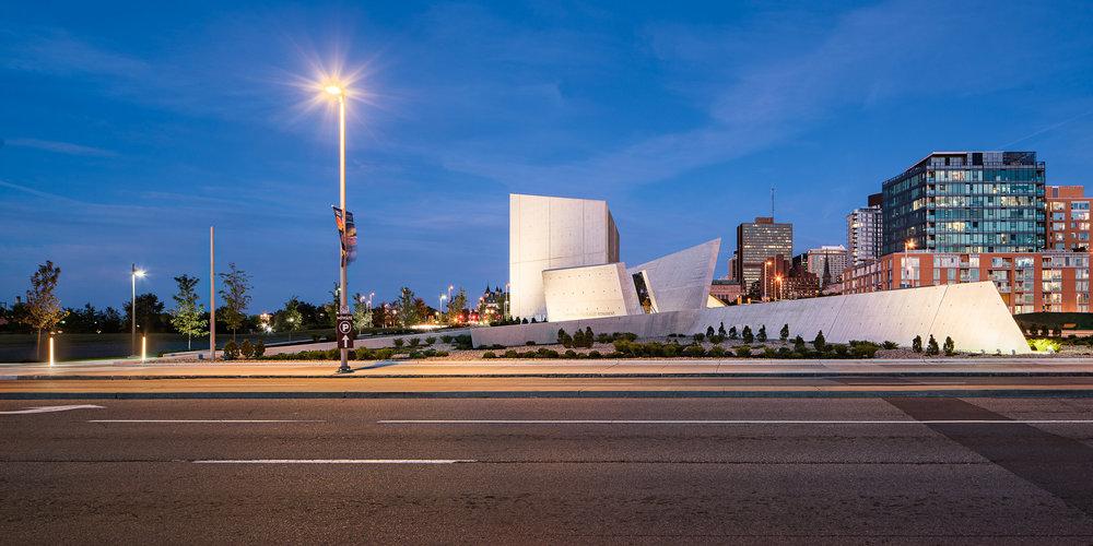 National Holocaust Monument 01 2048.jpg
