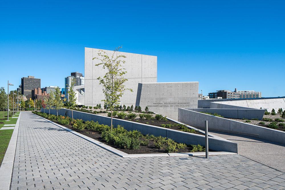 National Holocaust Monument 09 2048.jpg
