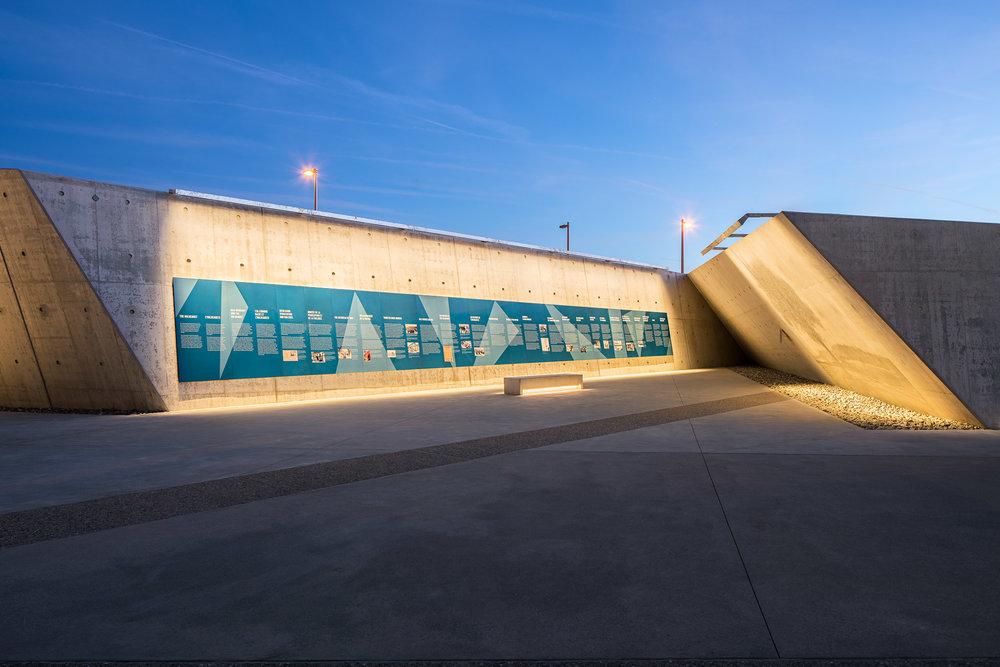 National Holocaust Monument 20 2048.jpg