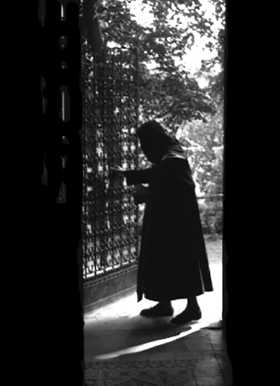 Mayerling Nun