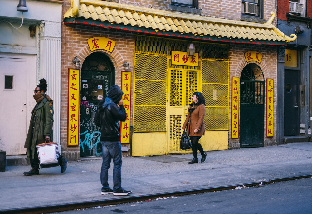 99. Chinatown Walk    www.willoharephotography.com