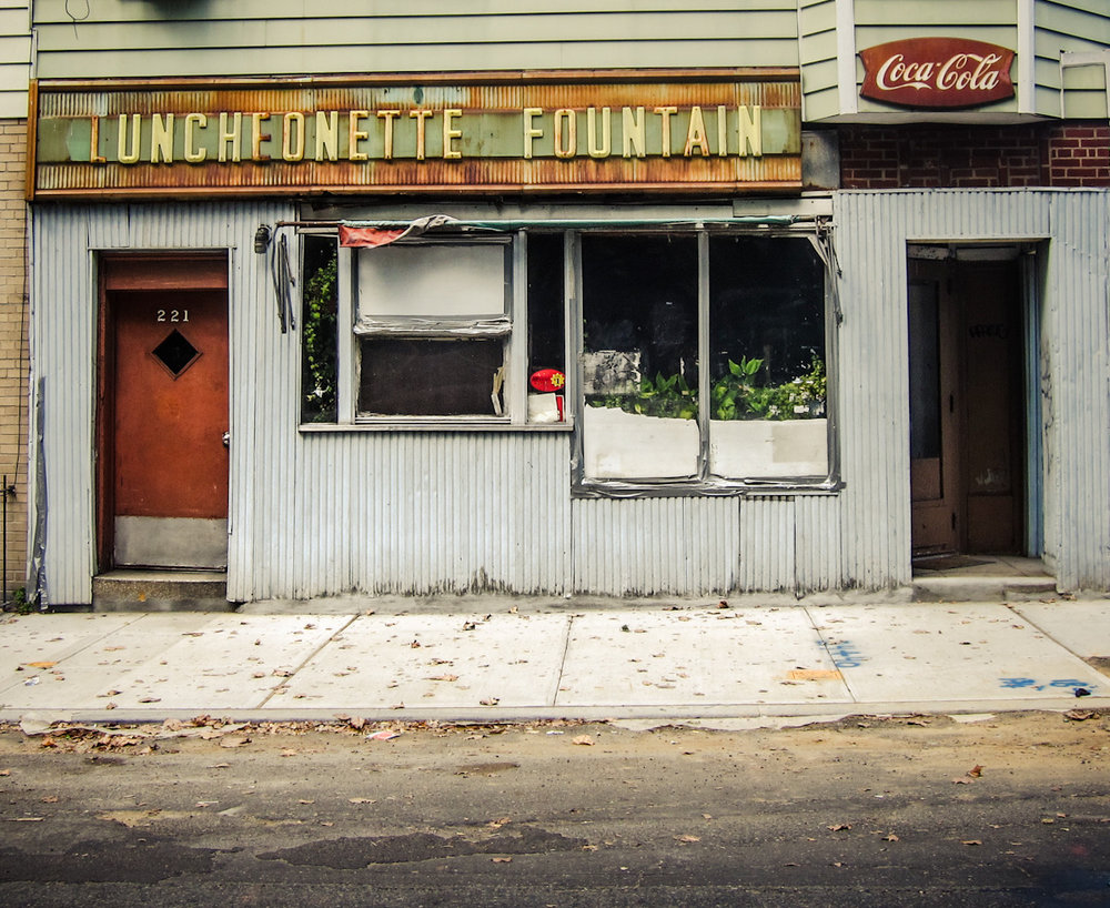 261 - Luncheonette Fountain   #366Project