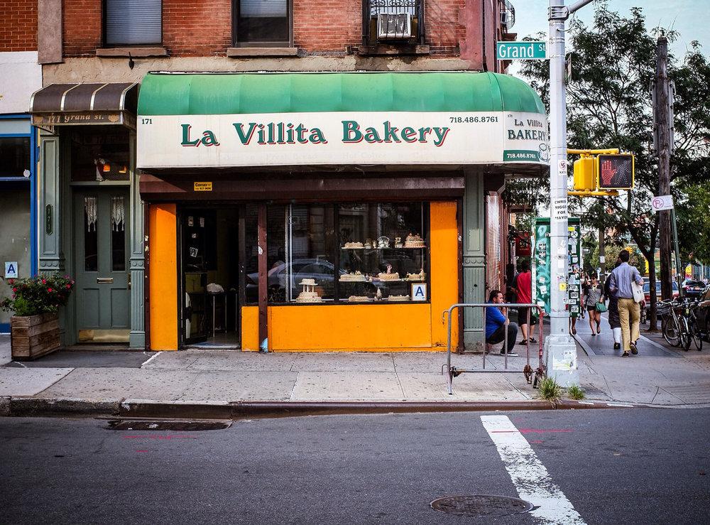 232 - La Villita Bakery  #366project #FujiX100