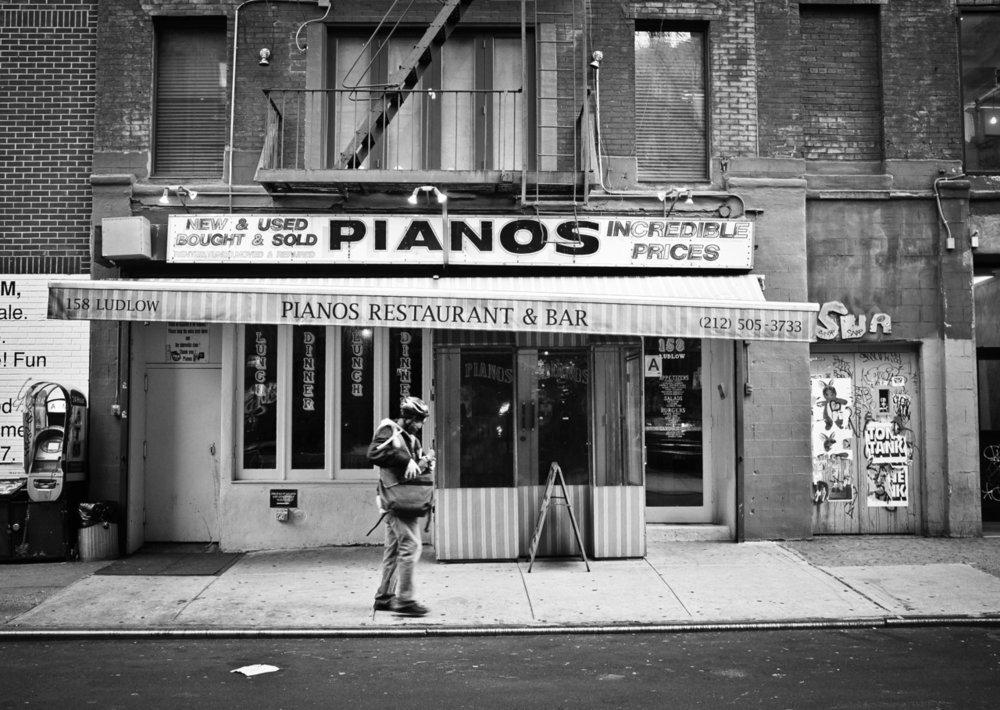 105 - Pianos   #366Project #FujiX100