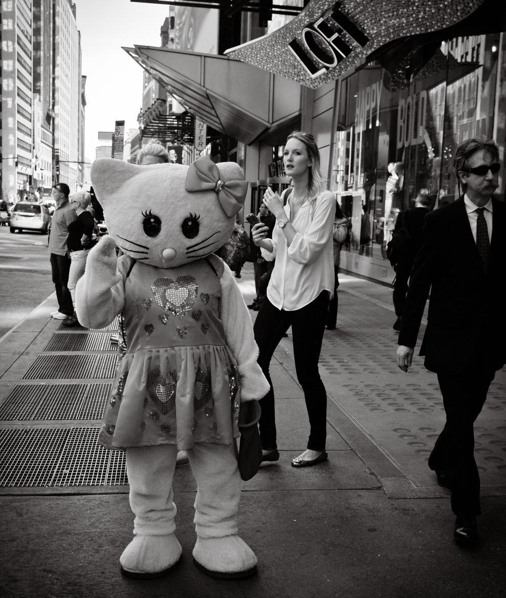 75 - Hello Kitty   #366Project #FujiX100