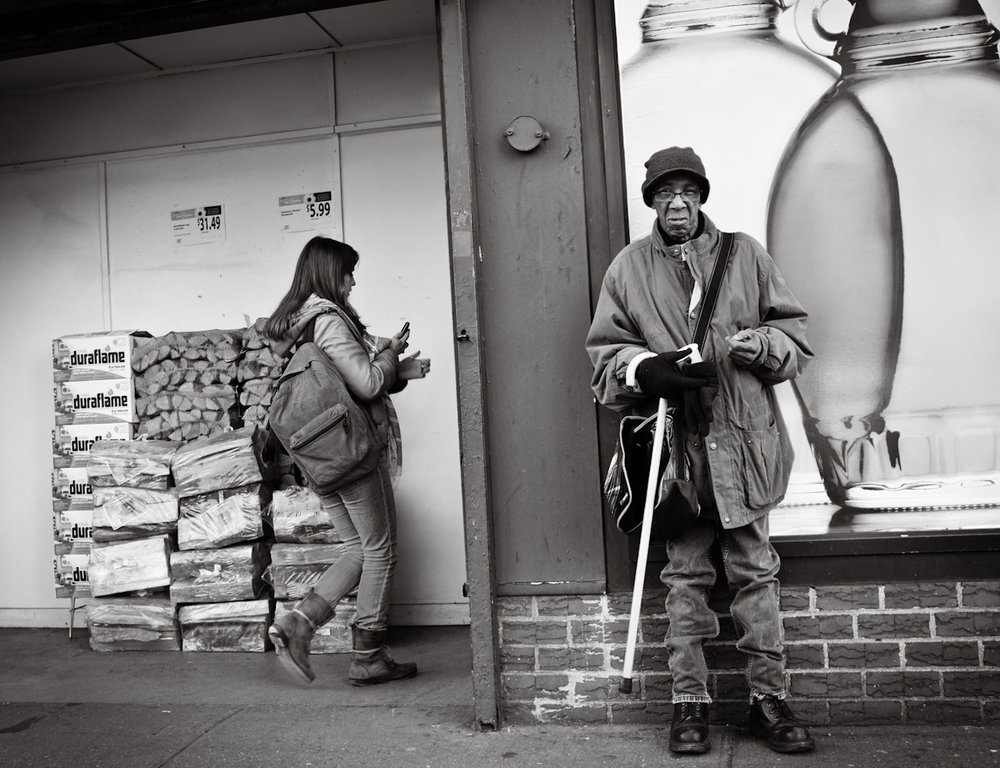 27 - Waiting For Change, NYC   #FujiX100 #366Project    www.willoharephotography.com