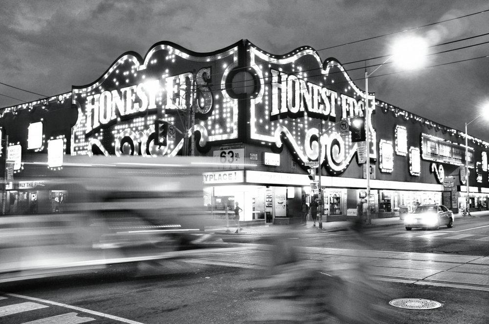 Honest Eds, Toronto