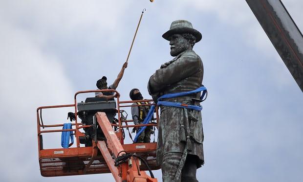 Lee Statue:New Orleans.jpg