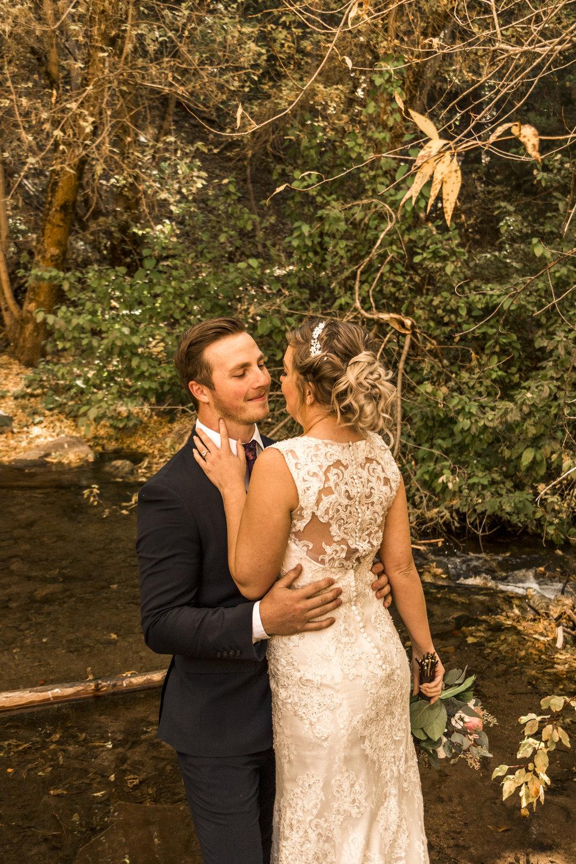 BBPhoto Utah Fall Wedding First Look Bridal Session07.JPG