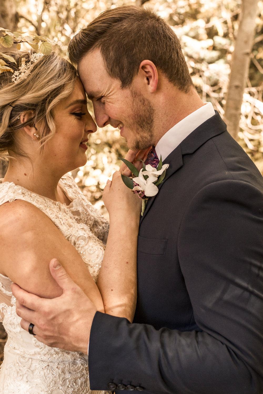 BBPhoto Utah Fall Wedding First Look Bridal Session19.JPG